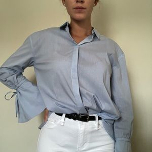 Womans Stripped Button Up w Tie Sleeves